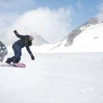 adventurer_snowboarding_left_144