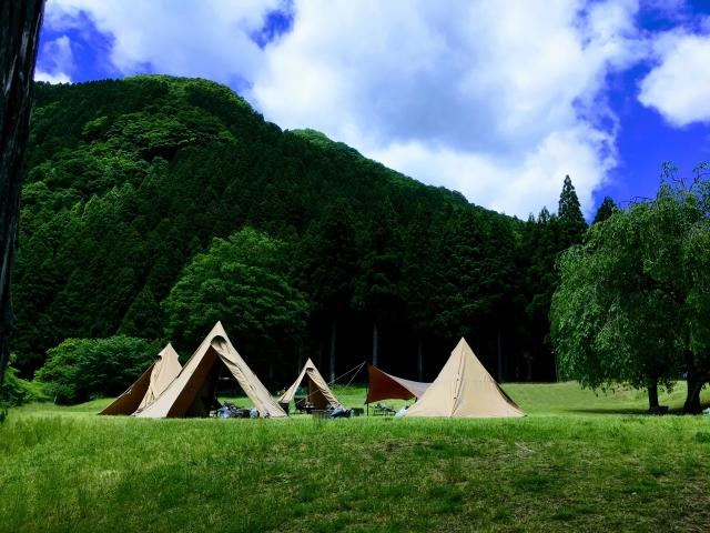 女子キャンプにオススメのキャビーテントの画像